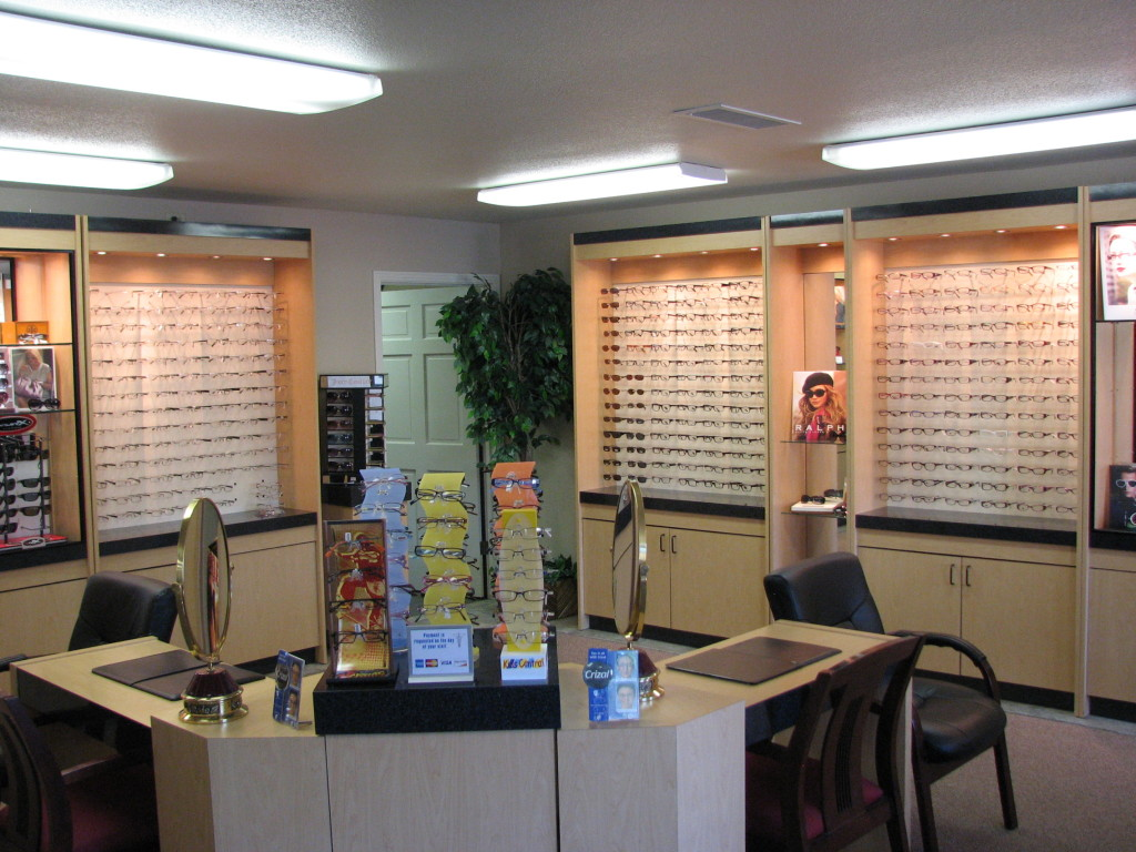 Services Tehachapi_Eyeglasses